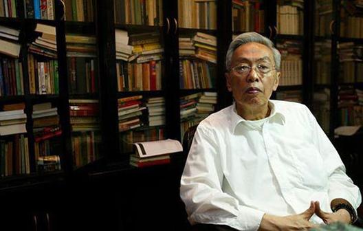 陆谷孙先生