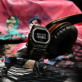 卡西欧手表 G-SHOCK 【新品】G-SHOCK X GORILLAZ合作限量礼盒王子异同款运动手表DW-5600BB