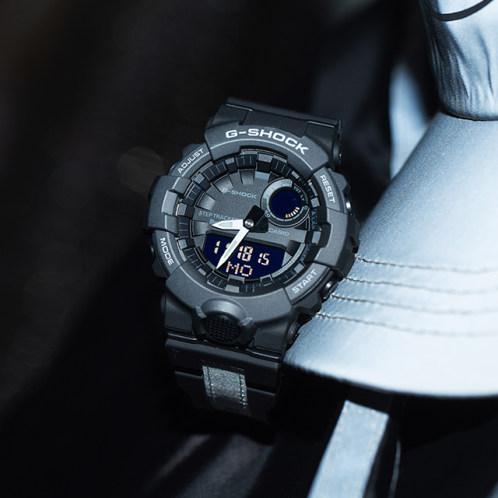 卡西欧手表 G-SHOCK  反光及蓄光表带材质设计  防水防震蓝牙连接多功能计步器运动男表GBA-800LU