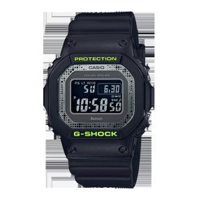 卡西欧手表 G-SHOCK 硬碰硬主题表款   防水防震功能表款GW-B5600DC-1PR